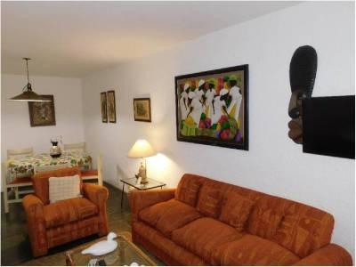 Apartamento 2 dormitorios con vista a playa Brava