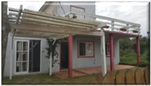 Venta/alquiler anual casa 4 dormitorios en Balneario Buenos Aires