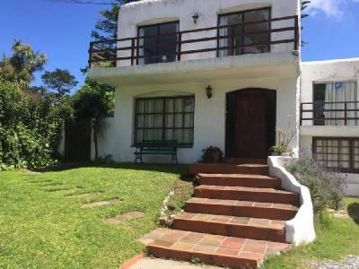 Alquiler temporada/ venta casa de 4 dormitorios zona Cantegril