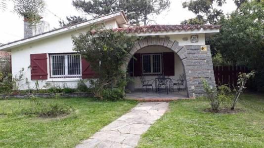 Casa en San Rafael, 3 dormitorios *