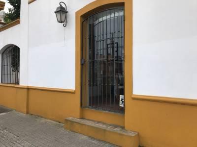 Alquiler anual local centro de Maldonado