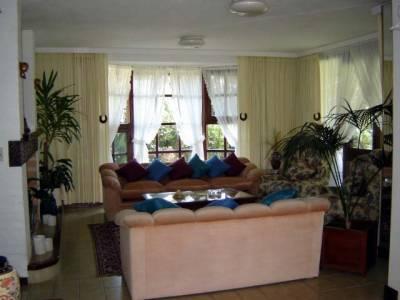 Hermosa casa en San Rafael , alquiler y venta.-