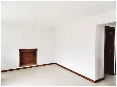 Casa a estrenar en Pinares