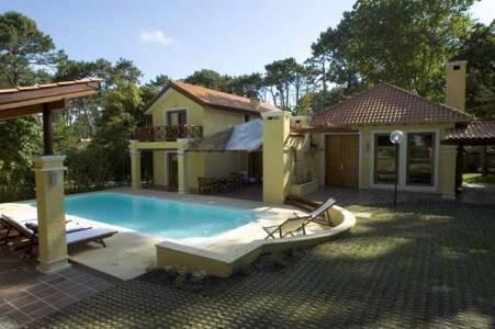 Espectacular casa en San Rafael consulte por precio de venta y alquiler!!