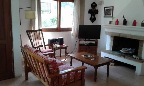 Linda casa  ideal para vivienda permanente! Consulte por más información!
