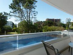 Temporada! ideal para pasar un verano en una de las mejores zonas de Punta!!
