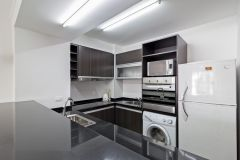 Apartamento en muy buena ubicacion en Av Chiverta, de 2 dor, 2 baños, gran terraza y garaje. El edificio cuenta con muy buenos servicios. Consulte!!!