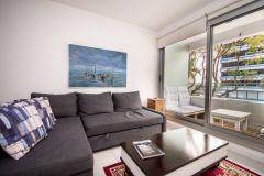 Apartamento en muy buena ubicacion, cerca del Puerto de 1 dor, 1 baños, Balcon y Garaje con linda vista. Consulte!!!!!!!