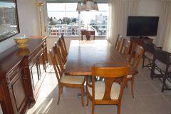 Apartamento 3 dormitorios con hermosa vista Playa Mansa , Isla Gorriti, Puerto y brava.