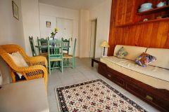 Apartamento en muy buena ubicacion 2 d 1 baño, cocina. Consulte!!!!!!!!