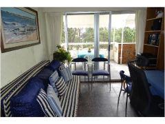 Apartamente en Plaza Mexico de 1dormitorio, Living-comedor,Cosina, balcon y garaje.