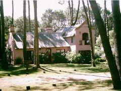 Muy linda casa en rincón del indio!!