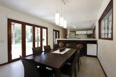 Casa en barrio Privado en Solanas de 4 dormitorios y 3 baños, living, comendor y parrillero. Consulte!!!!