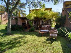 Casa en Complejo de 3 dormitorios en Punta Ballena/Camino Lussich, Maldonado/Punta del Este.