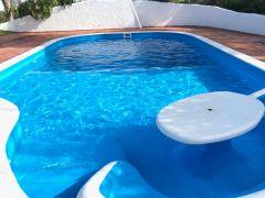 Muy buen casa en Punta del Este, de 1130 m2 construidos y 5130 m de terreno, con piscina, Cancha de tennis, etc.. Consulte!!!!!!!