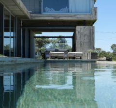 Excelente casa en Punta Ballena, Tio Tom con vista al mar, 3 dormitorios, mas dependencia piscina, parrillero. Consulte!!!!!!!