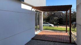 Casa moderna, construcción tradicional a estrenar!! Zona Tranquila ideal para vivir todo el año, muy próxima al mar de la mansa.