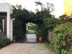 Casa en Pinares, Muy Bonita pronto para entrar cuenta con 3 dormitorios. Consulte!!!!!!!!!!!