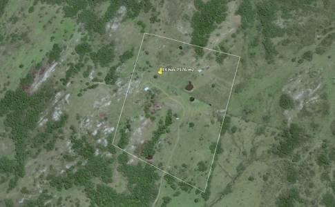 Campo con casa, Tajamar monte natural muy cerca de Aigua Consulte.
