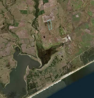 Campo de 42 has, muy buena ubicacion a 6 km hacia ruta 9 y 5 km hacia 10 hacia el mar muy cerca de Jose Ignacio.