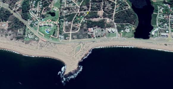 Terreno en Piedra del Chileno de 1024 m2 se en cuentra a 200 metros de la la ruta y 300 m de la playa mansa. Consulte!!!!!