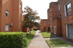 Apartamento en Barrio Ipora de 2 dormitorios 1 baño. Consulte!!!!!!!!!
