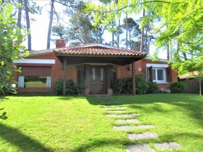 Excelente Oportunidad, casa en San Rafael a 300 mts del Mar.