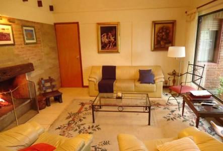 4 dormitorio en Playa Mansa.