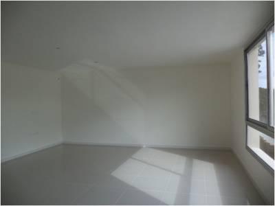 Oficina en venta y alquiler en Punta del Este - Ubicado sobre Avenida Italia en zona de Design District