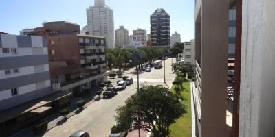 A pocos mts de la Plaza de los Artesanos