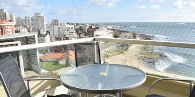 Excelente vista al mar , servicio de mucama , recepción las 24hs