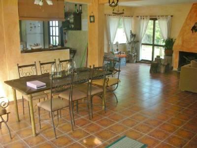 Casa en venta ,Espectacular esquinera ubicada en Montoya CON PISCINA LA BARRA - PUNTA DEL ESTE