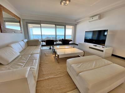 Apartamento en venta Playa Brava 3 dormitorios