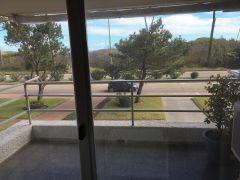 Hermoso apartamento en primera línea de la Mansa 3 dormitorios con cochera