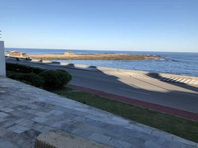 Península frente al mar