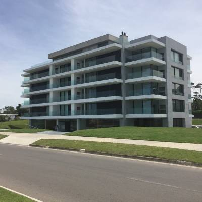 Hermoso Apartamento en Sea Breezes - Unico