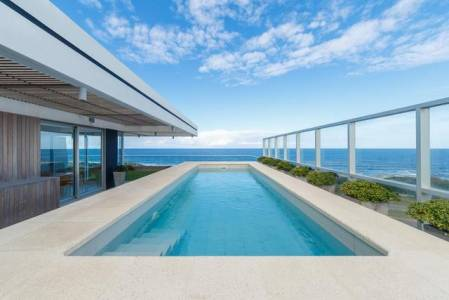 EXCLUSIVO PENTHOUSE CON VISTA AL OCEANO