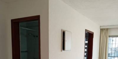 MONOAMBIENTE EN EL CENTRO DE MONTEVIDEO  - GASTOS COMUNES BAJOS