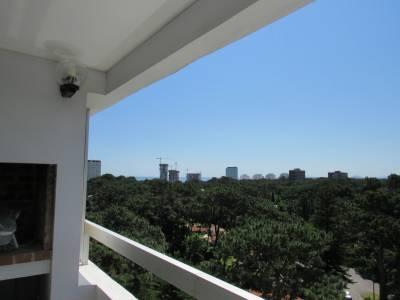 Muy cómodo departamento con vista al mar y gran balcón