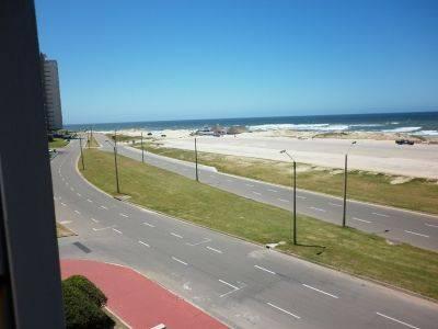 Excelente ubicacion ,vista directa al mar,servicio de mucama,garage