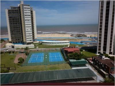 Muy lindo apartamento en Playa Brava