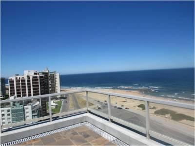 Pent House con excelente vista al mar