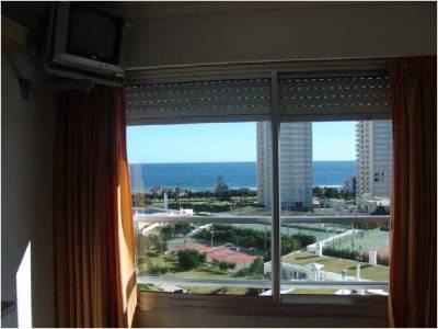 Apartamento en Alquiler, Mansa, Punta del Este, 2 Dormitorios.