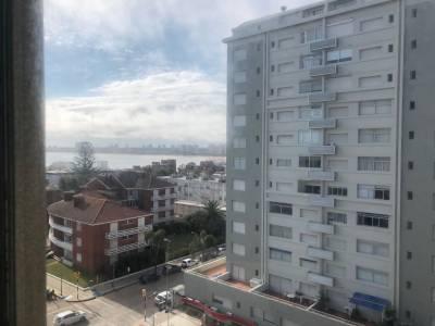 Apartamento en Punta del Este en venta y alquiler