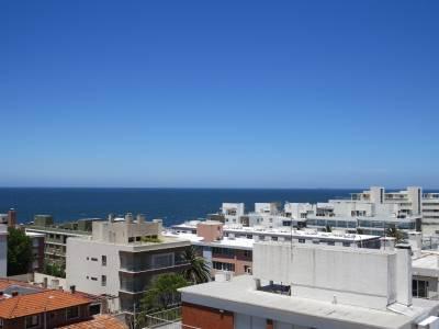 Apartamento en peninsula con excelente vista al puerto y totalmente reciclado