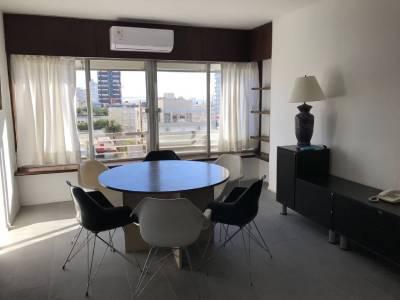 Apartamento para alquilar en Punta del Este a muy buen precio