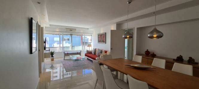 apartamento en venta en plena peninsula a metros del puerto