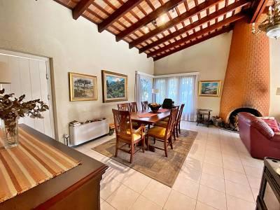 Casa en venta y alquiler con piscina