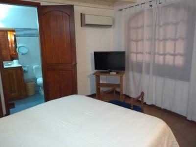 Casa en Bo. Cordoba, 4 dormitorios *