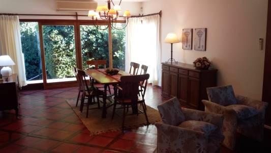 Casa en venta en Punta del Este a pasos del mar